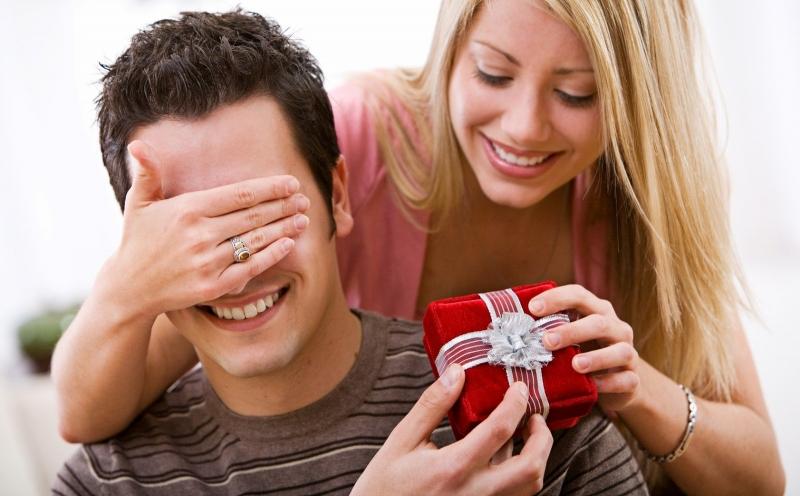 Top 12 Món quà Giáng sinh (Noel) ý nghĩa nhất tặng bạn trai