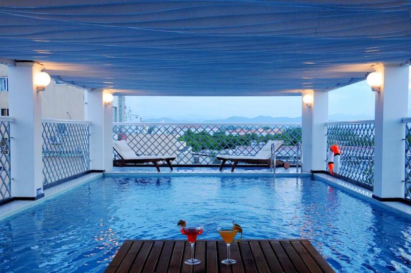 Moonlight Hotel Huế