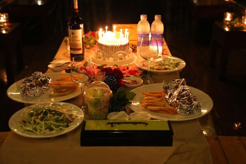 Một bữa tối, họp mặt gia đình