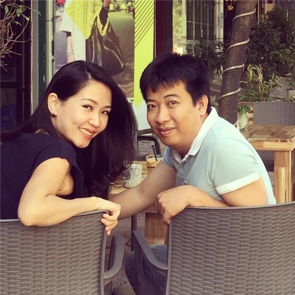 Bạn hãy hẹn hò với vợ ở 1 quán cà phê