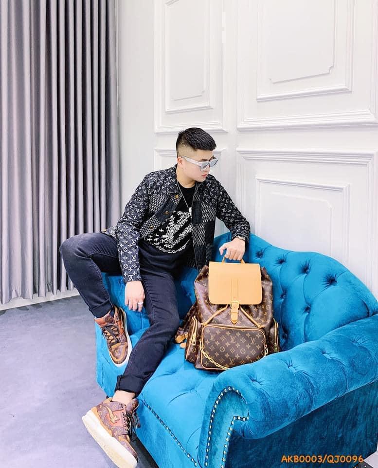 Hình ảnh tại Mr.J Boutique