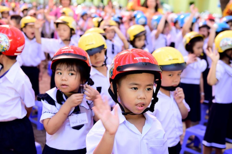 Mũ bảo hiểm trẻ em HONDA
