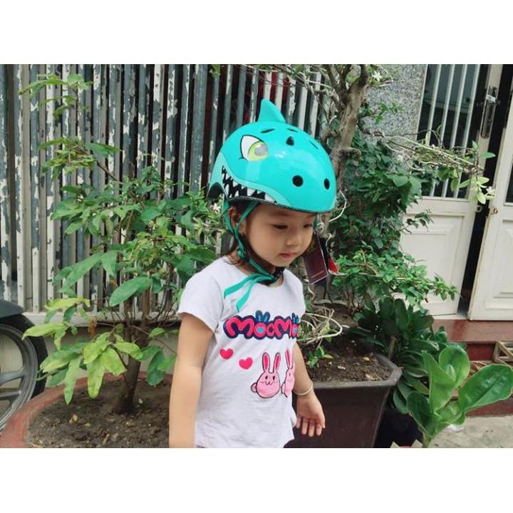 Mũ bảo hiểm Corsa được sản xuất trên công nghệ tiên tiến của Châu âu, mũ được thiết kế để bảo hộ cho bé trong các hoạt động thể thao ngoài trời như đi xe đạp, xe máy, xe thăng bằng…