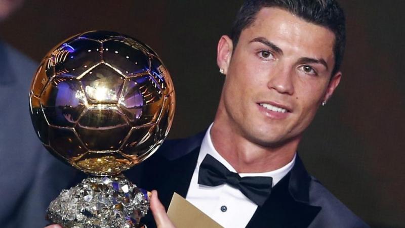 Ronaldo giành được Quả bóng vàng lần thứ 2
