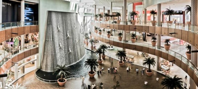 Mua sắm miễn thuế ở Dubai Mall