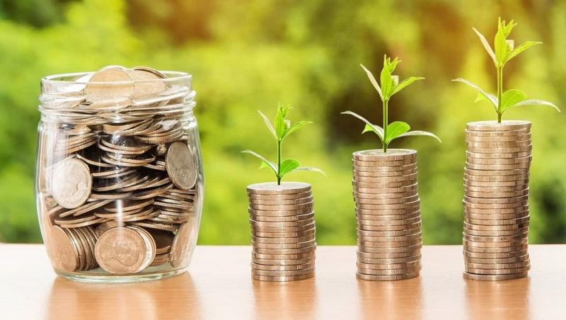 Hãy biết cách chi tiêu hợp lí để có thể tiết kiệm tiền cho chính bản thân mình