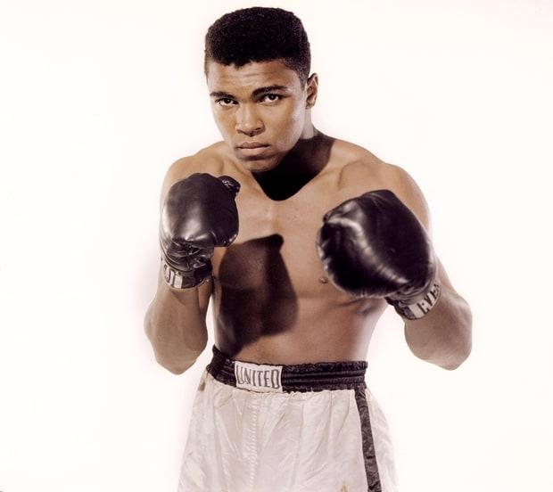 Muhammad Ali qua đời
