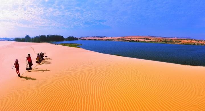 Triền cát dài ở Mũi Né.