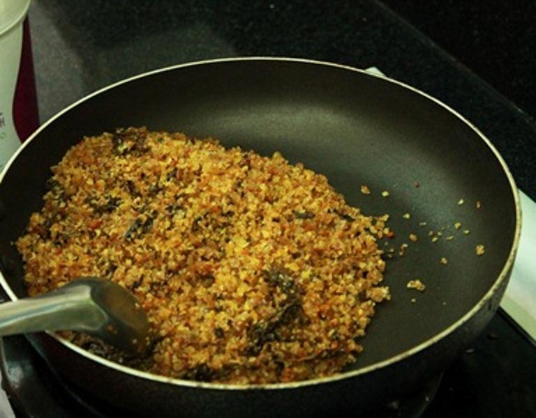 Làm nóng muối thảo dược có thể dùng được ngay