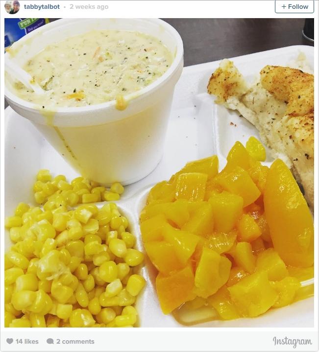 Một bữa trưa điển hình của học sinh tại một trường ở bang Utah - Mỹ