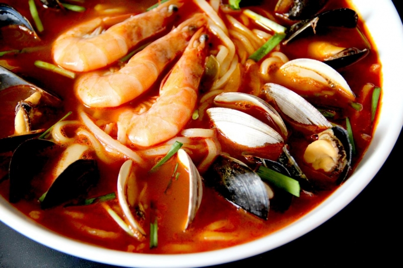 Mỳ hải sản