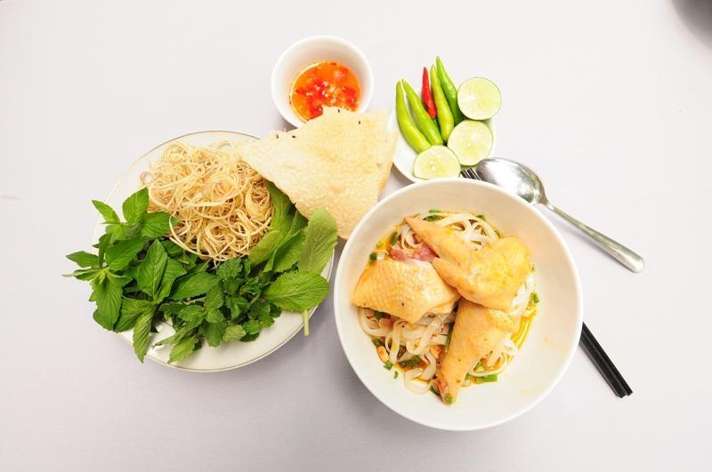 Mỳ Quảng món ăn làm nên thương hiệu phố Hội