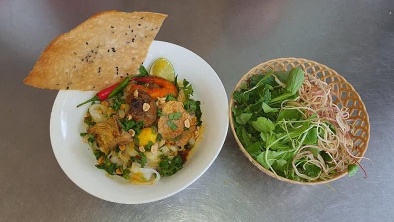 Mỳ Quảng Đạt - Món ăn miền Trung