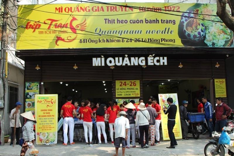 Kitchen Trang frog noodle shop at 441 Ong Ich Khiem, Da Nang