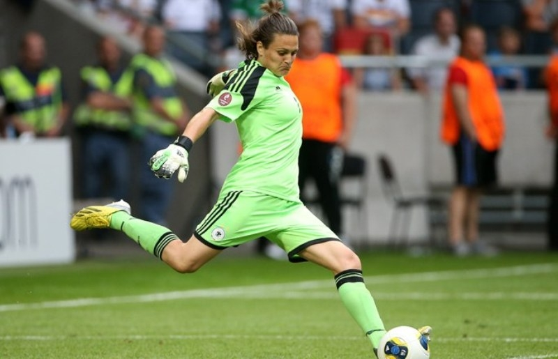 Nadine Angerer (Đức)