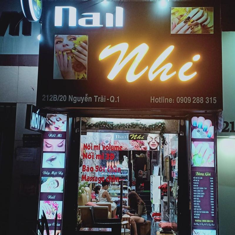 Nail Nhi
