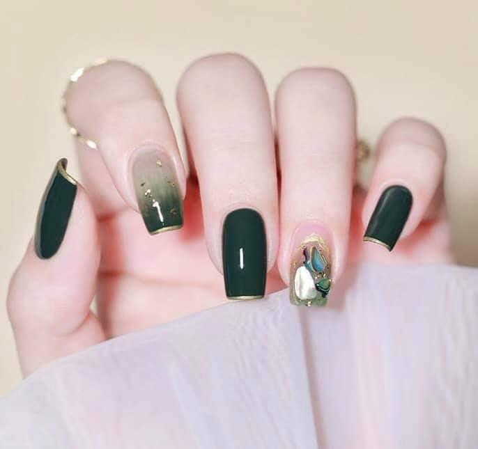 Nails mi 86.
