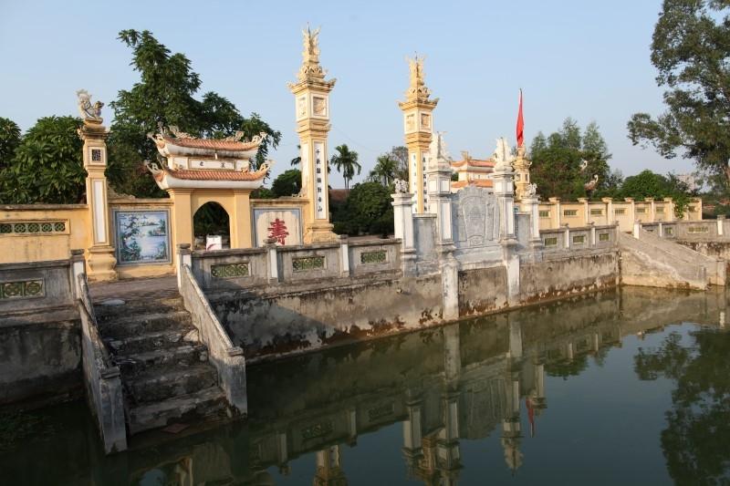 Đình thờ vua Lý Nam Đế ở xã Đạo Đức huyện Bình Xuyên, Vĩnh Phúc