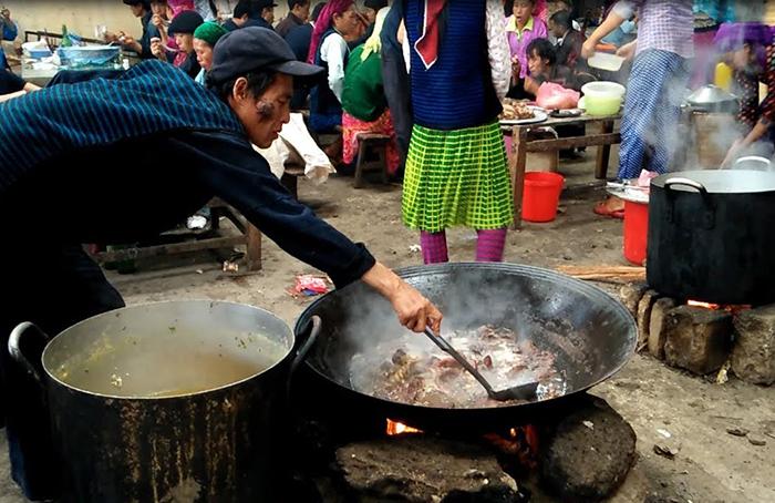 Nậm pịa là một món ăn đặc trưng của người dân tộc Thái ở Mai Châu, Hòa Bình.