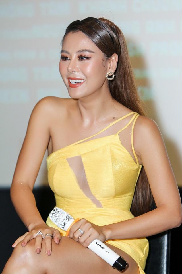Kiều nữ làng hài Nam Thư