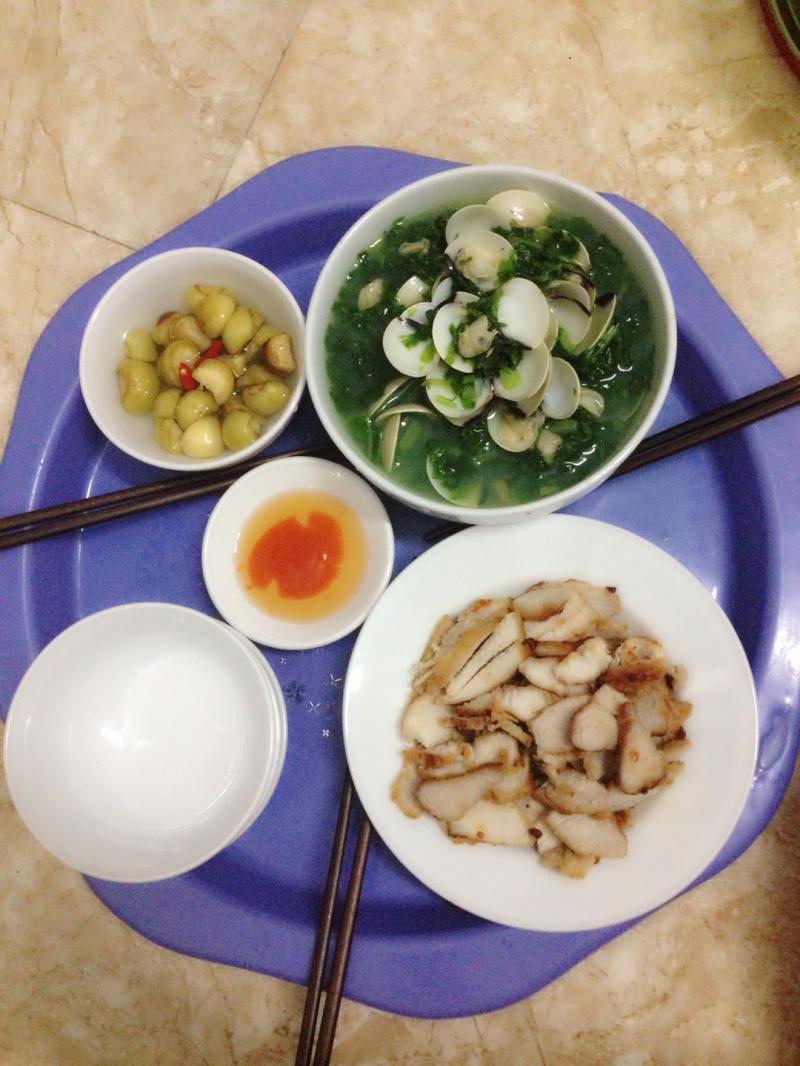 Công việc nấu ăn bình thường có thể là cực hình với chúng ta. Nhưng khi đang bị stress thì nấu ăn đột nhiên lại trở thành một việc làm được ưa thích.