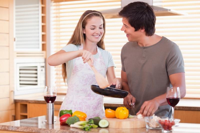 Hâm nóng tình yêu bằng cách cùng nhau vào bếp