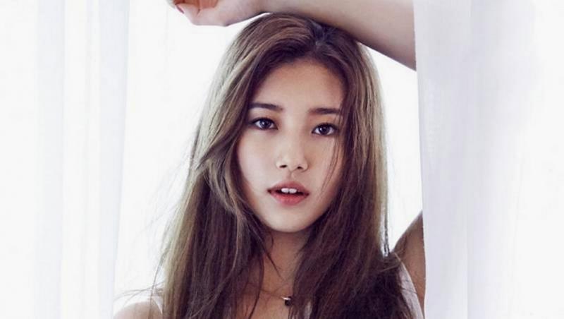 Suzy Bae nhìn  ''sang chảnh'' mới màu tóc nâu ánh đồng