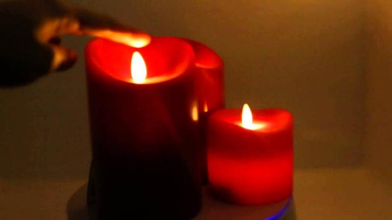 Những ngọn nến trong đêm.