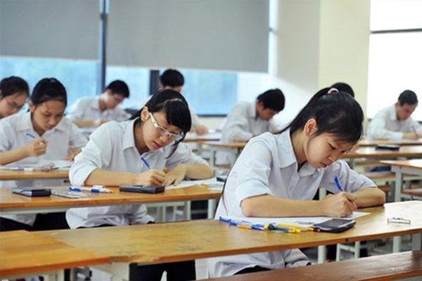 Trước thềm kỳ thi THPT Quốc gia, nhiều thí sinh đang rất băn khoăn trong việc lựa chọn Đại học hay Cao đẳng để theo đuổi