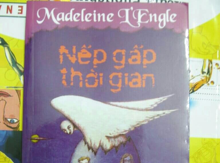Nếp gấp thời gian (Madeleine L' Engle)