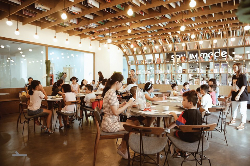 Nest by AIA – Work Cafe