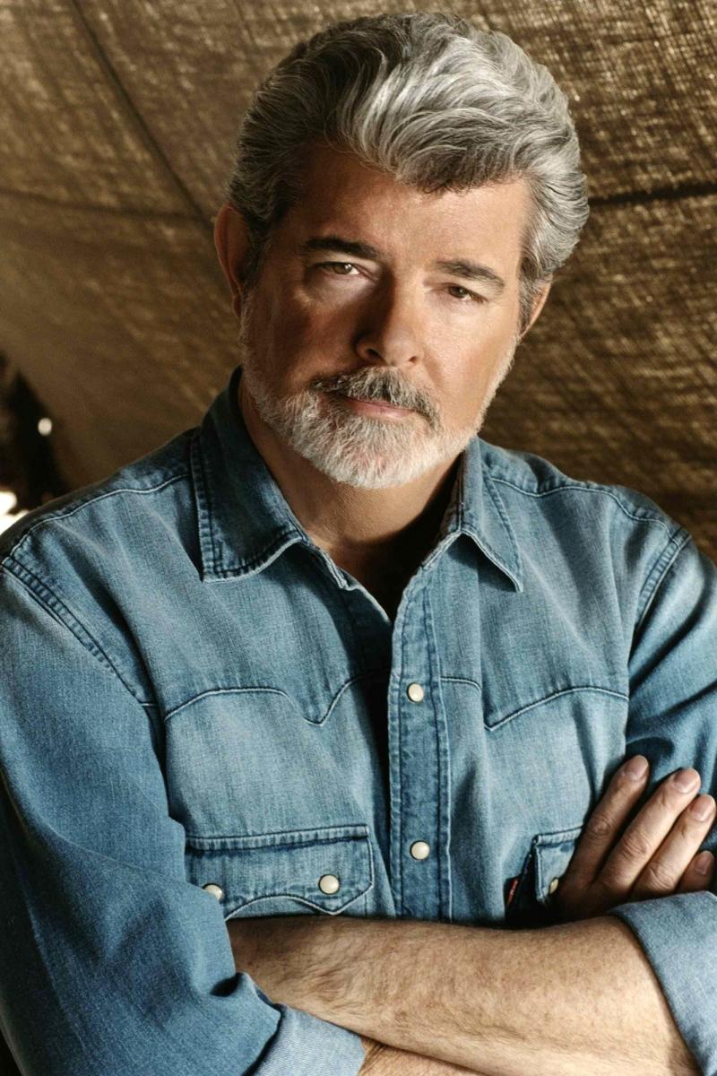 George Lucas -  là một nhà sản xuất phim, đạo diễn, diễn viên, tác giả kịch bản người Mỹ và là chủ tịch của hãng Lucasfilm.