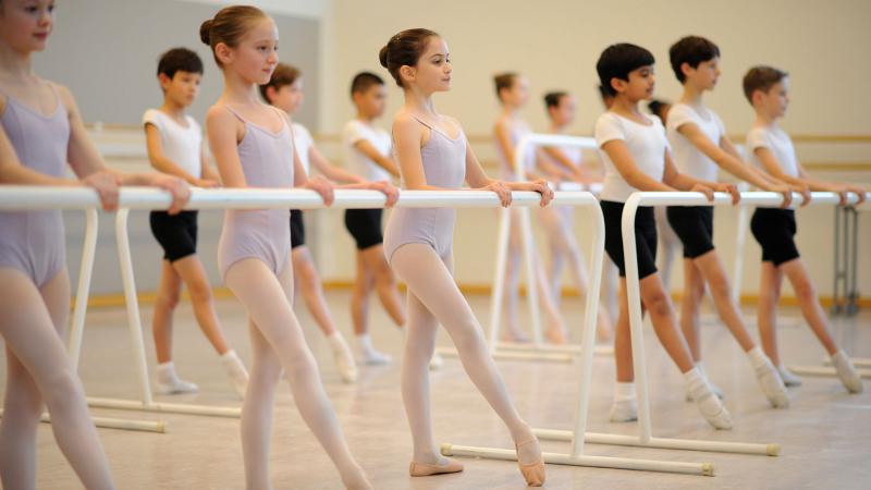 Nếu bạn muốn có một đôi chân mảnh mai, hãy sẵn sàng tập luyện chăm chỉ.