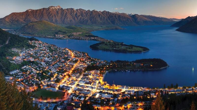 Tỉ lệ xe hơi trung bình ở New Zealand là 599 chiếc trên 1000 người