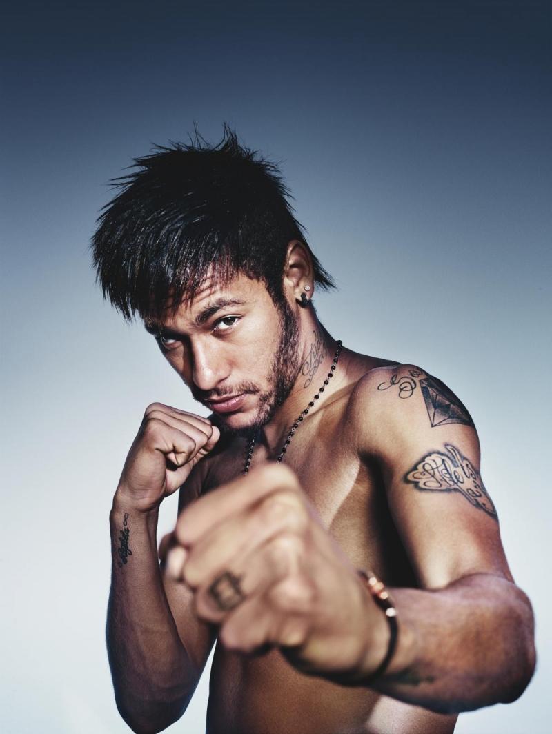 Neymar là biểu tượng mới của bóng đá Brazil