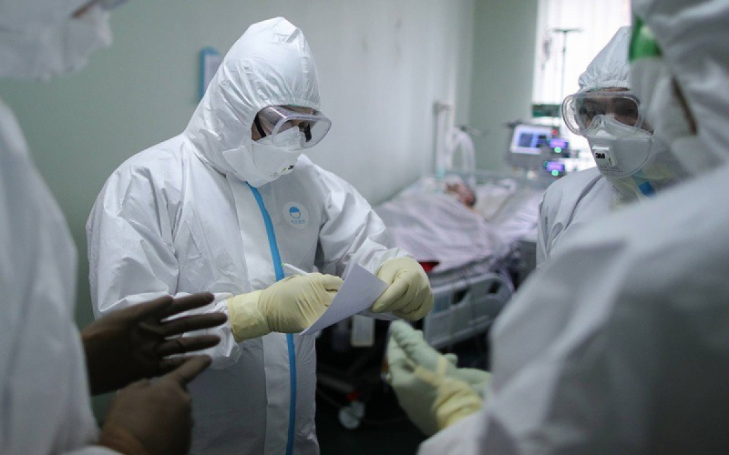 Đại dịch virut corona tại Nga