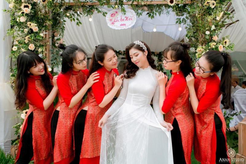 NGA DINH BRIDAL
