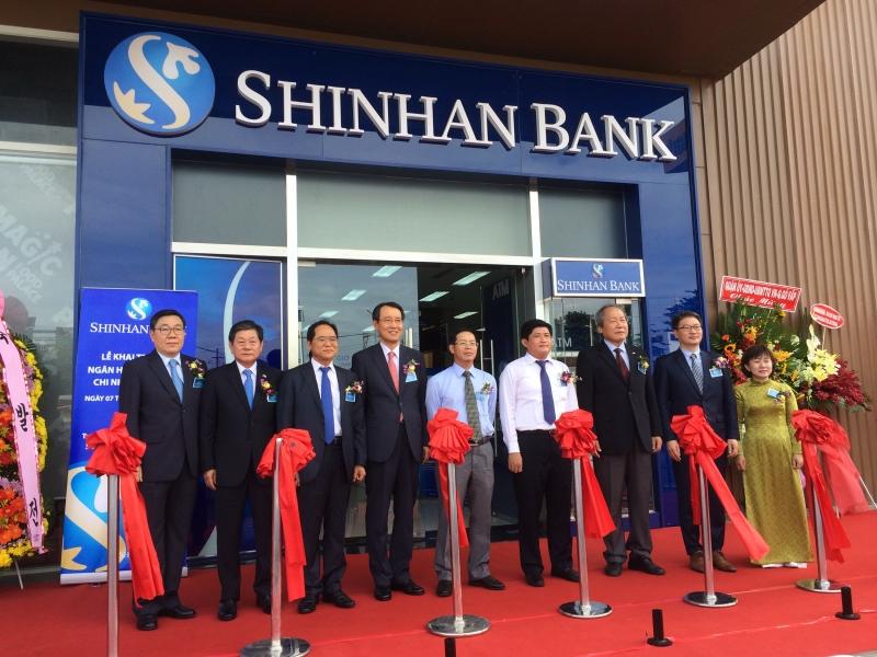Ngân hàng Shinhan là một bộ phận quan trọng của Tập đoàn Shinhan Hàn Quốc