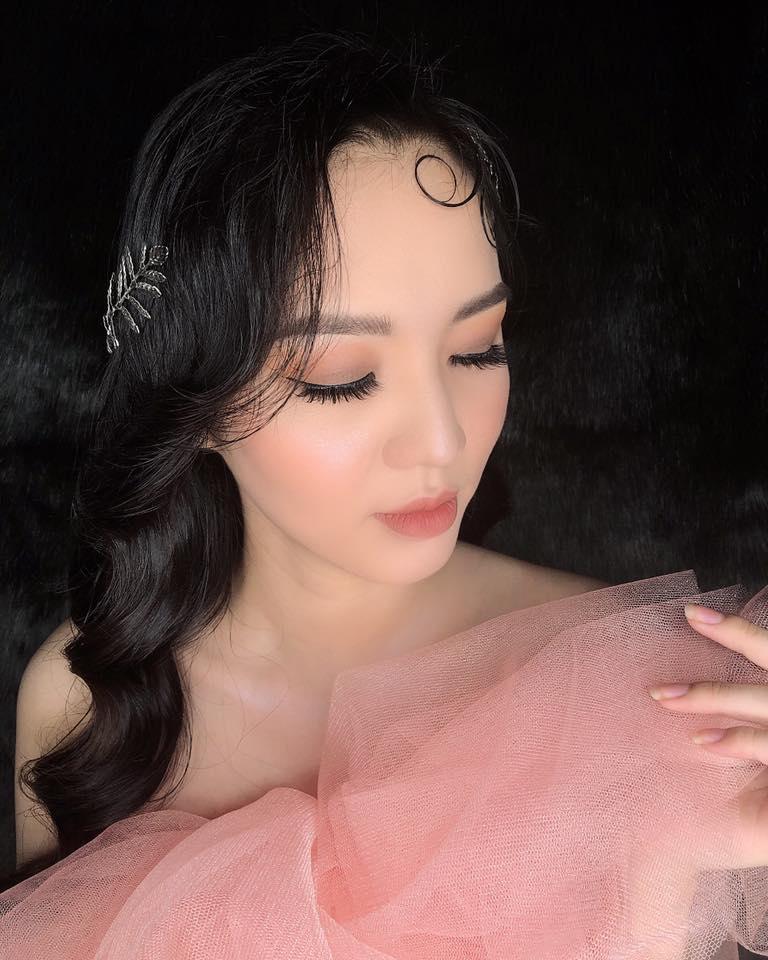 Ngân Huỳnh make up