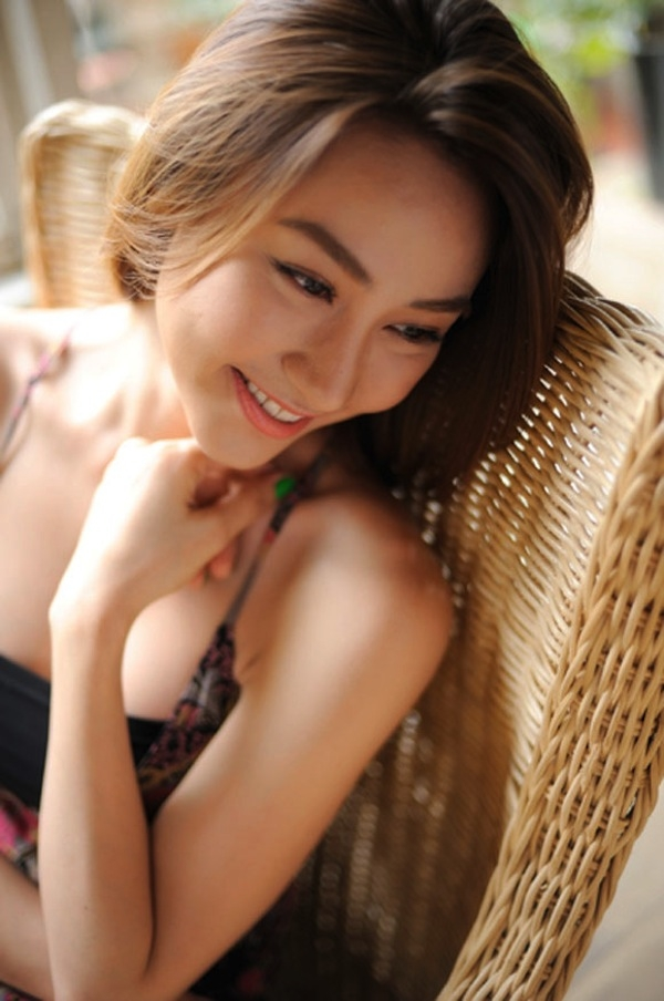 Beautiful actress Ngan Khanh