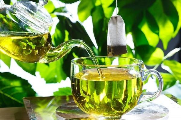 Ngăn ngừa rụng tóc bằng trà xanh