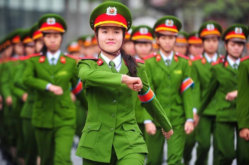 Ngành Công an, Quân đội