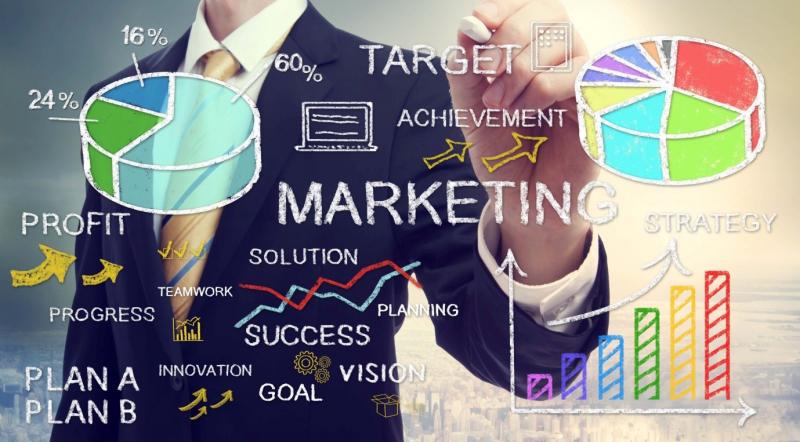 Không những vậy xu thế hội nhập toàn cầu đang rất nóng nên ngành marketing chính là ngành dễ xin việc nhất hiện nay.