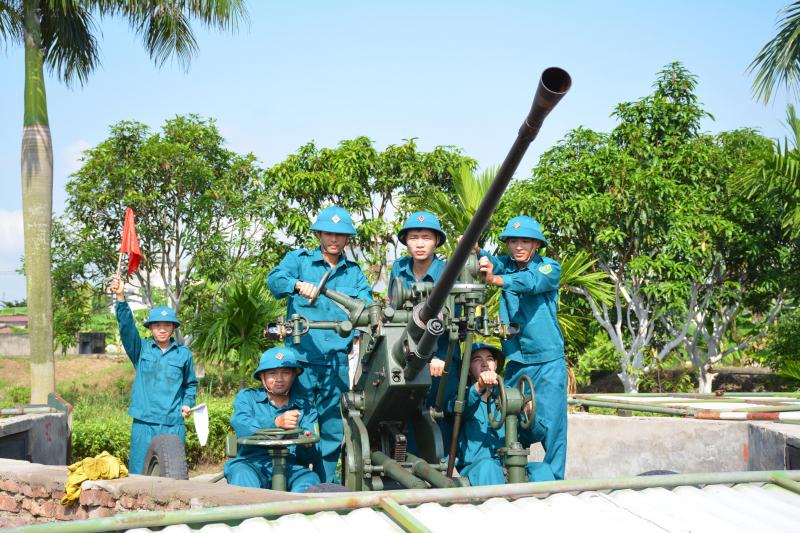 Ngày xây dựng lực lượng Dân quân tự vệ  28-3
