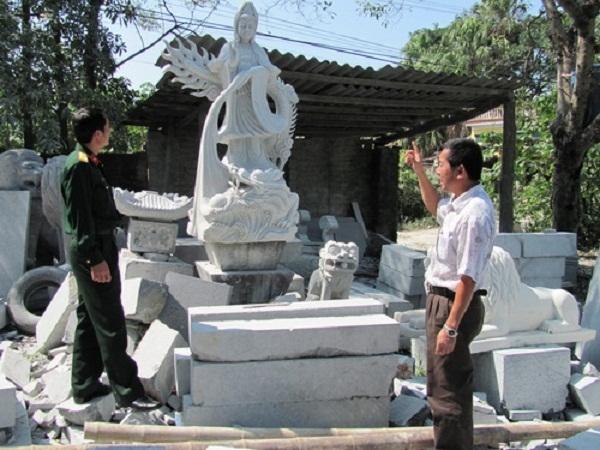 Một sản phẩm công phu của các nghệ nhân làng Nhồi