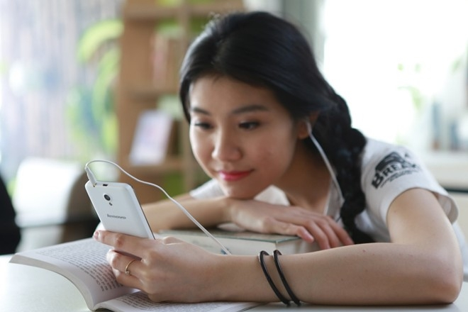 Nghe nhạc khi ngồi học bài ở nhà( nhạc không lời)