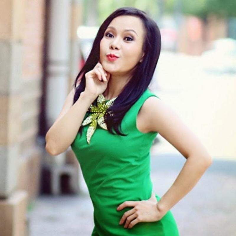 Nghệ sỹ Việt Hương.