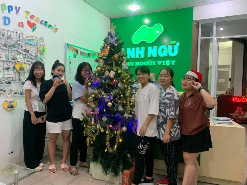 Ngoại Ngữ Nhân Việt