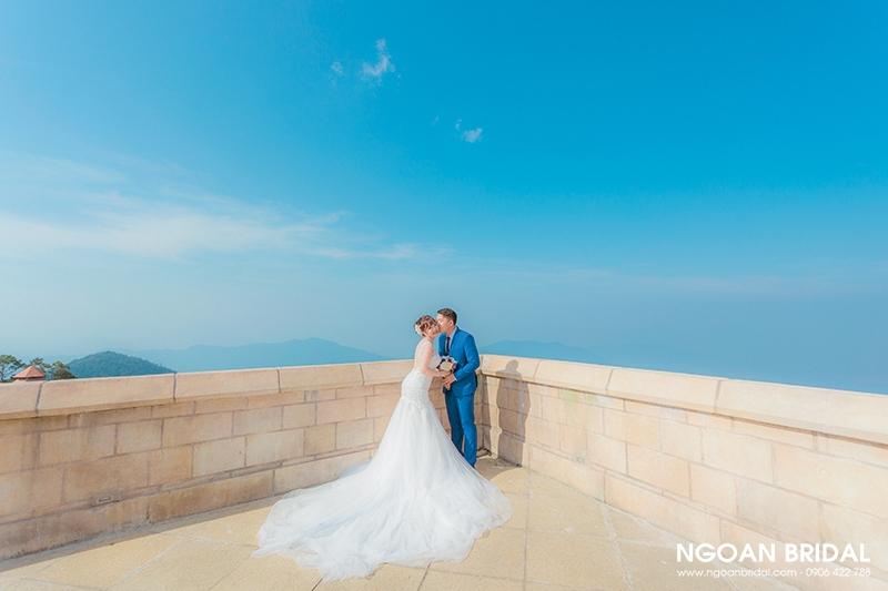 Hình cưới được chụp bởi Ngoan Bridal.
