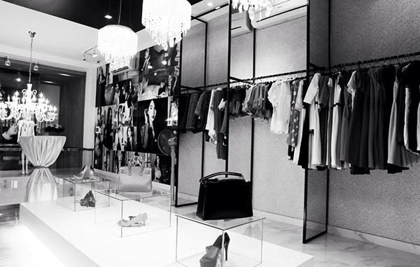 Một góc cửa hàng Ngọc Trinh Fashion ( nguồn internet)